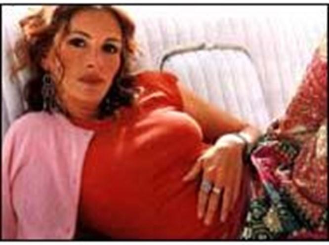 Julia Roberts ikiz annesi oldu